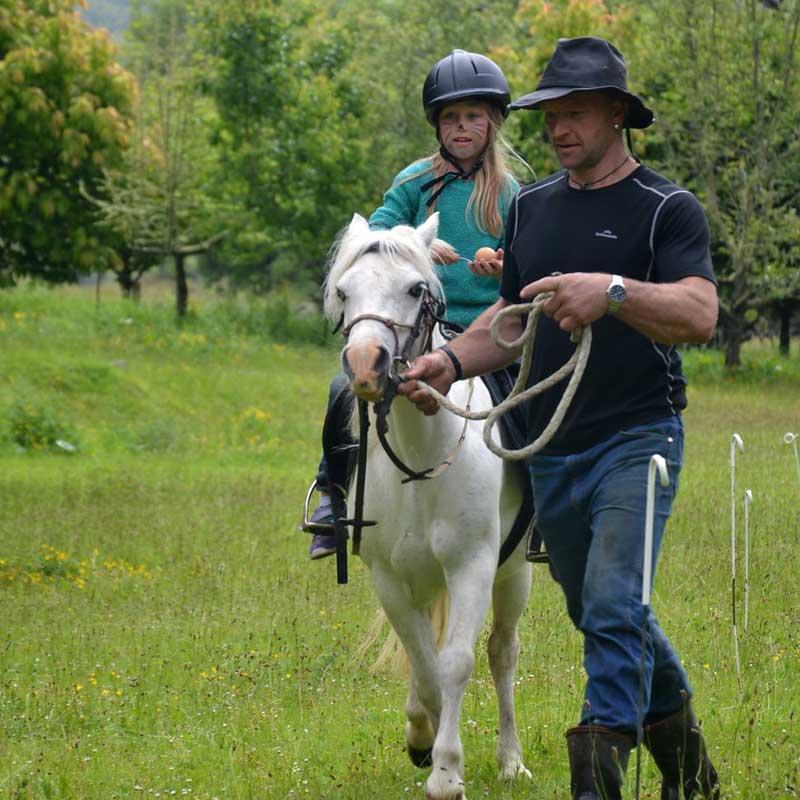 Riding2
